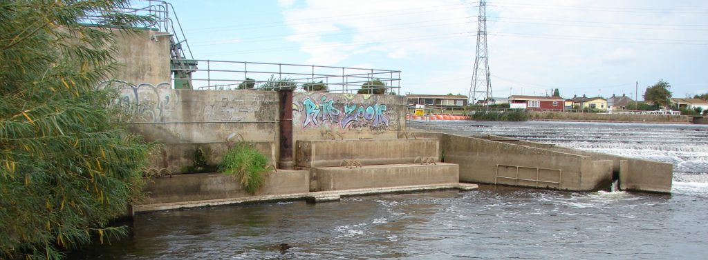 Beeston weir hydroscheme